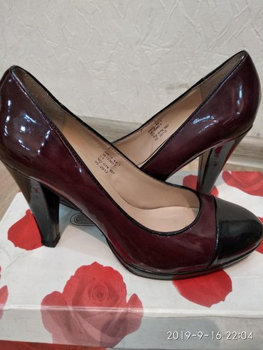 состояние хорошоя в Кыргызстан: Женские туфли 36