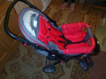 Prodajem kolica za bebe sa rotirajucom ruckom vrlo malo koriscena - Batajnica