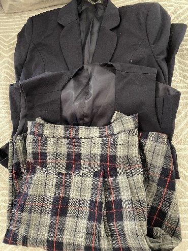 Школьная форма - Кыргызстан: Продаю форму для девочки .Которую носят в гимназии #6 .Состояние очень