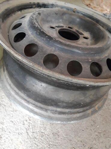 диска мерседес в Кыргызстан: Продаю диски на 124 мерседес бенз 4 шт в хорошом состоянии