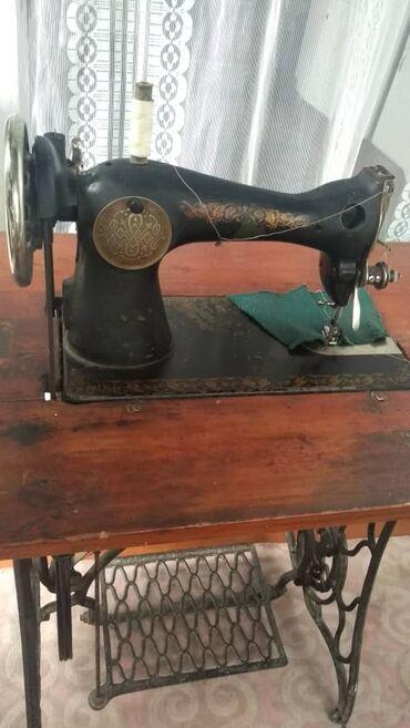 Электроника в Беловодское: Продаю швейную машинку в хорошем состоянии. Нужна всего лишь настройка