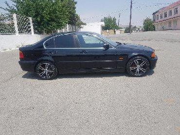 Bakı şəhərində BMW 320 2001