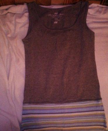 Majica marke H&M , velicine M. Namenjena za fitnes. - Novi Sad