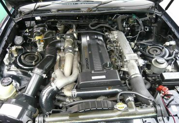 Продаем два привозных двигателя объем в Бишкек