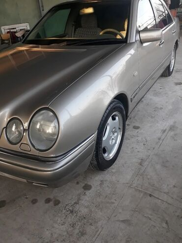 Mercedes-Benz 240 2.4 l. 1999