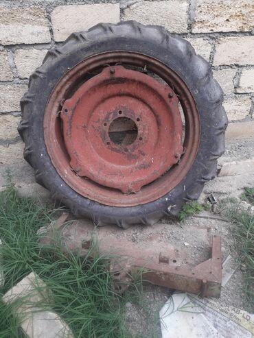 Şin və disklər Şəmkirda: Traktor t16 tekeri normal veziyyetdedi