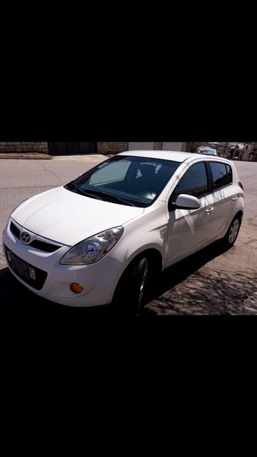 Bakı şəhərində Hyundai i20 2011