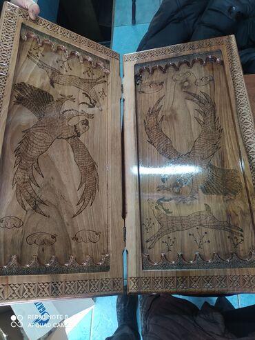 Qoz ağacından zonda hazırlanmış nərd qiyməti 400 manat içində daşları