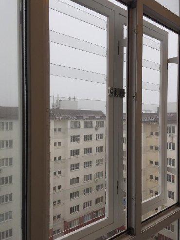 Решетки на окна из поликарбонатаВитраж – один из вариантов