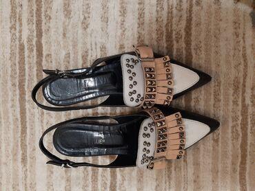 Ženska obuća | Uzice: Kožne ravne sandale,broj 38 u dobrom stanju