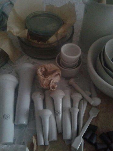 Чашки петри,песты,покровные стекла,предметные стекла,ступы,идр. в Бишкек