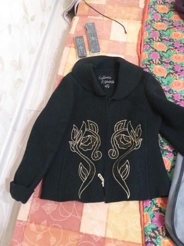 Куртка или пиджак 46-48размера 100%шерсть. в Бишкек
