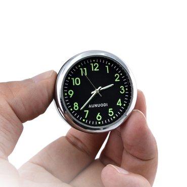 Sumqayıt şəhərində Avtomabilinizin salonuna maraqli saat. Fosforludu ucu batareyasini