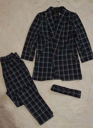 Костюмы двойка женские размеры 48 пиджачные с жилетом Оптом и в