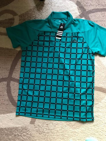 спортивны в Кыргызстан: Продаю футболку Adidas! Оригинальная ! Размер М, цена 3000 сом