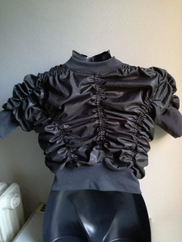 Top jaknica+poklon brus prelep,siva,nova,broj 38,100%pamuk - Beograd - slika 3