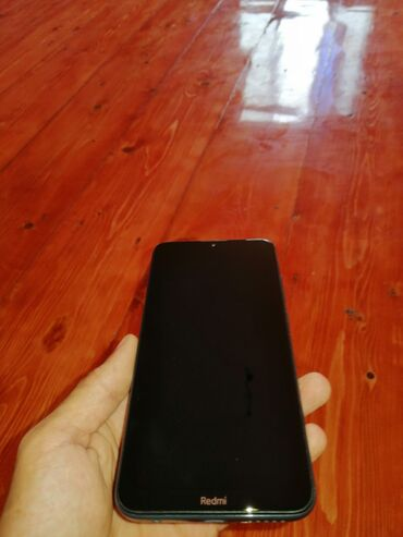 İşlənmiş Xiaomi Redmi 8 64 GB bənövşəyi