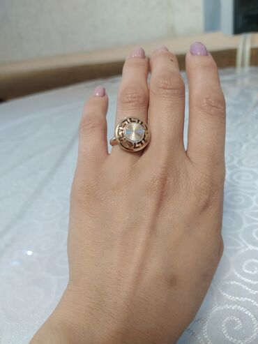 Личные вещи - Боконбаево: Продаю кольцо. 585