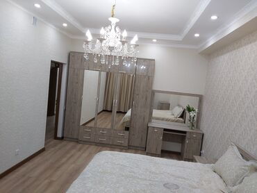Продажа квартир - Лоджия застеклена - Бишкек: Элитка, 3 комнаты, 120 кв. м Теплый пол, Бронированные двери, Видеонаблюдение