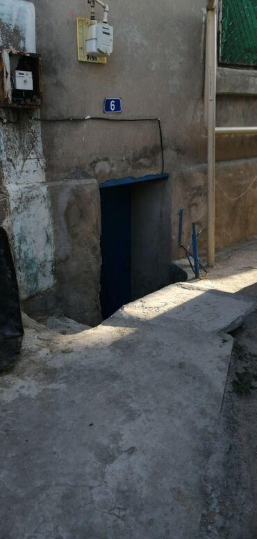 - Azərbaycan: Satılır Ev 303 kv. m, 5 otaqlı
