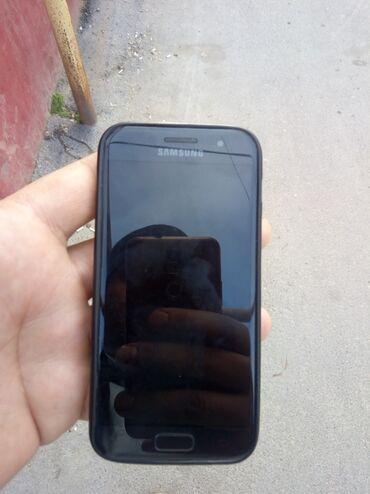 A3 - Azərbaycan: Ehtiyat hissələri kimi Samsung Galaxy A3 2017 qara