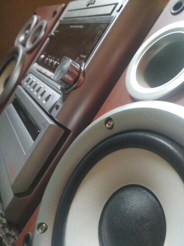 Электроника - Араван: МУЗ ЦЕНТР.LG.Есть Aux.Kasseta.Mp3.CD.Fm.radio.и есть Пульт упр