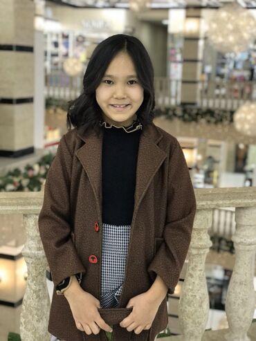 Девочковое пальто  Свитер  Юбка