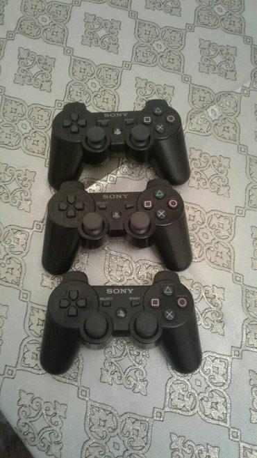 Bakı şəhərində Playstation 3 Pultlari..Tam Orginal pultlardi..Pultlarda problem