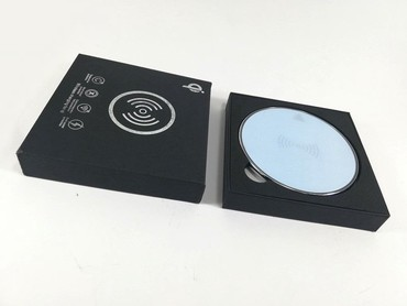 Blackberry-bold-9930 - Srbija: Bežicni punjač WiFi QI Standard ( Wireless charger )Bežicni punjač