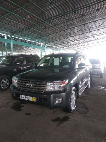 Toyota Land Cruiser 4.5 л. 2015 | 121000 км