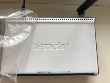 Wi-Fi роутер Tenda в отличном состоянии, с коробкой