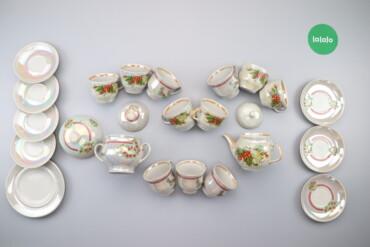 Чайний сервіз з квітками    Стан: гарний, комплектація невідома, є по