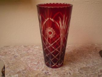 Rubin kristal vaza,bez ostecenja,visina 20cm - Belgrade