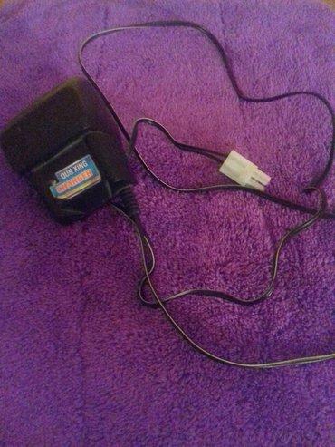 Bakı şəhərində Uwaq oyuncag avtomobilin adaptoru 9. 6 volt ===÷÷=200 ma