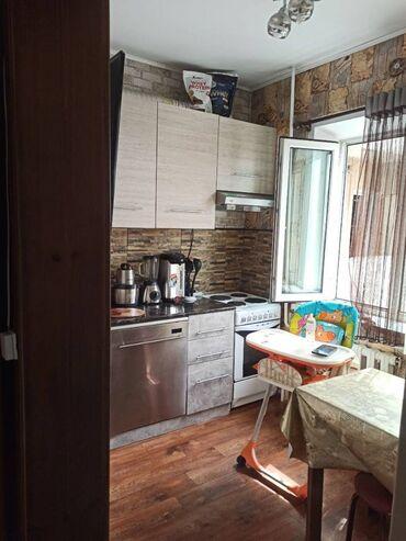 Продажа квартир - 2000 - Бишкек: Индивидуалка, 4 комнаты, 74 кв. м Видеонаблюдение, Дизайнерский ремонт, Лифт