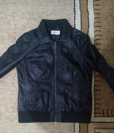 Zenska kozna jakna,kao NOVA