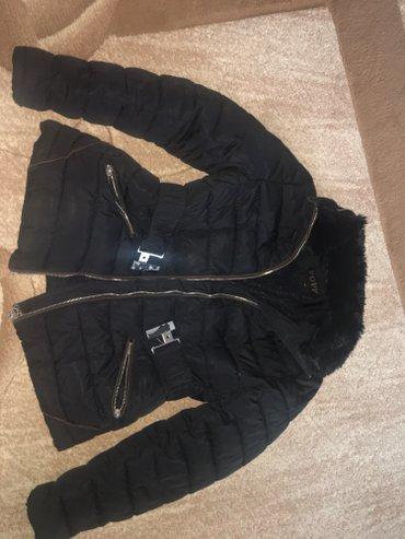 Dečije jakne i kaputi | Novi Pazar: Zimska jakna nosena par puta. Velicina xl