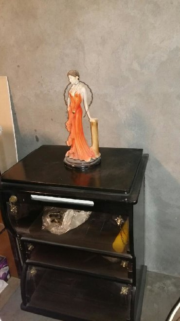 Tovuzda televizor ucun tumba satilir .30 manat