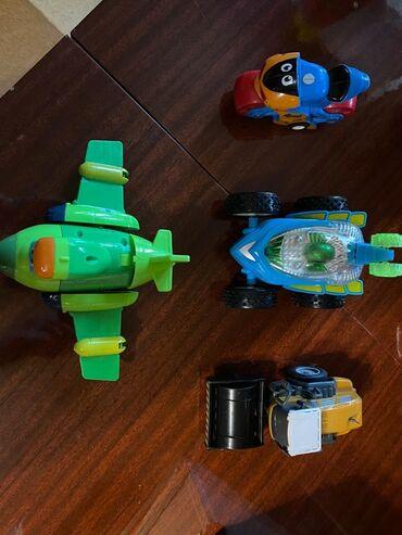 Продаю 4 игрушки в отличном состоянии, хорошего качества. Все за 400
