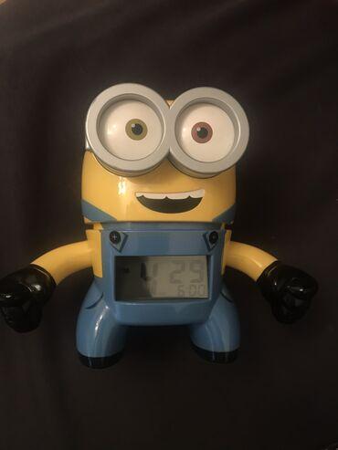 батарейка на гироскутер в Кыргызстан: Продаю часы миньон, есть будильник, светиться, привезли из ОАЕ!