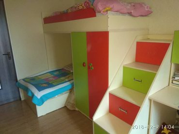 Продаю деткую мебель нижняя кровать в Бишкек