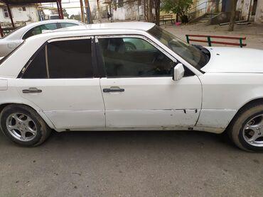 mercedes emel - Azərbaycan: Mercedes-Benz E 220 2 l. 1992 | 128546 km
