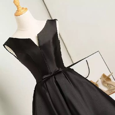 черное длинное платье в Кыргызстан: Вечернее черное платье французской длины( ниже колен). Торг возможен