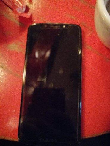 Mobilni telefoni - Knjazevac: Nema ni jednu ogrebotinu, uz njega idu kutija, punjac, garancija. Za