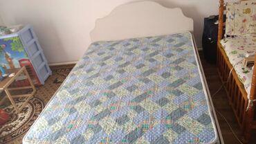 Двуспальные кровати - Кыргызстан: Кровать 2-х спальная! Делали на заказ! Качество отличное! Размер на эт