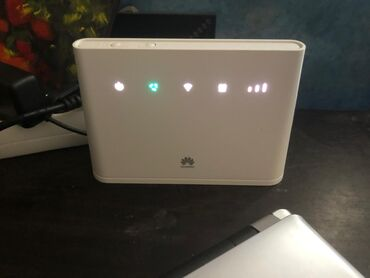 wifi modem - Azərbaycan: Huawei router Azercell wifi 100manata satılır.unvan:20Yanvar//Gunay