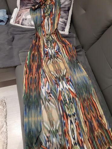 Dugacka haljina sa otvorenim ledjima,rastegljiva