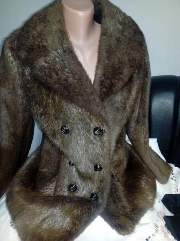 Ramena duzina sirina - Srbija: Bunda od prirodnog krzna,tamno braon boje.Sirina ramena 44cm.duzina