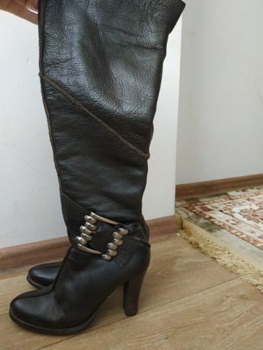 Срочно продаю сапоги Sasha Fabion кожа, в Бишкек