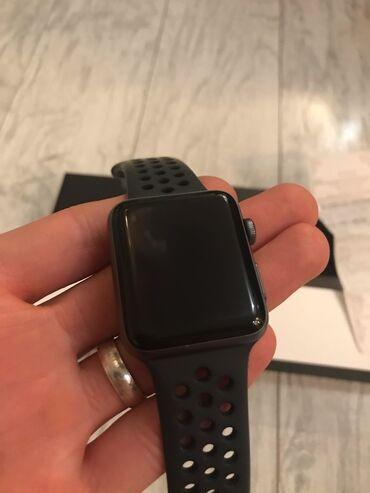 Продам Apple Watch series 3 Nike+ 42 мм, часы в состоянии близко к